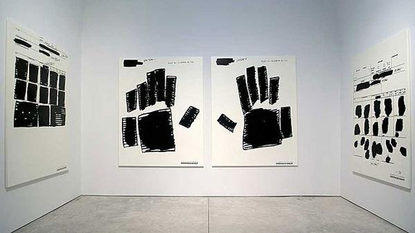 Jenny Holzer War Paintings-CFneqFaWoAEsjW2